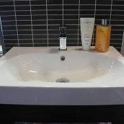 Countertop bathroom basins 3 - Bathroom Depot Leeds