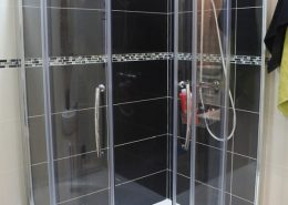Quadrant shower enclosures, shower cubicles - Bathroom Depot Leeds 1
