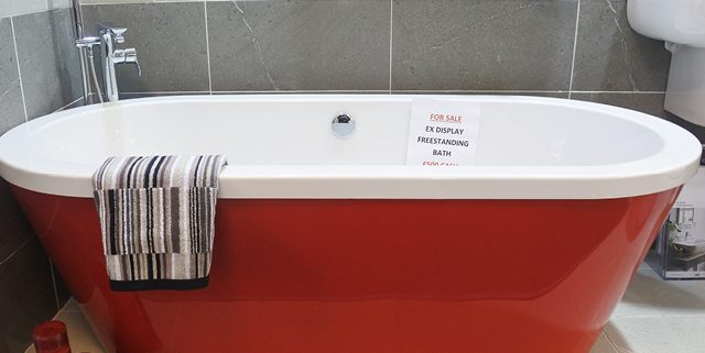 Rak Free standing Bath - ex display