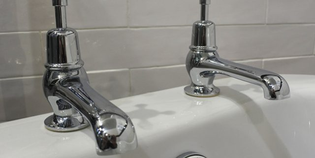 Traditional bath taps - Bathroom Depot Leeds