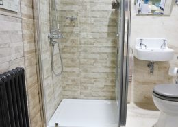 Pivot door shower enclosures, shower cubicles - Bathroom Depot Leeds